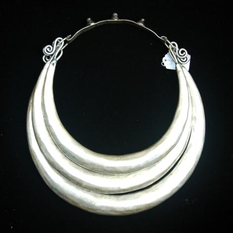 silver neckwear
