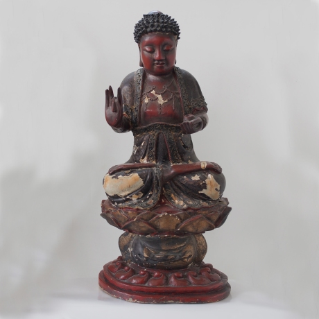 lacquer buddha on lotus